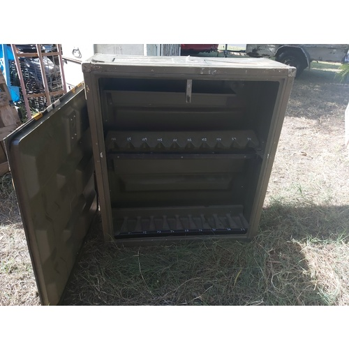 EX-ADF STEYR RIFLE RACK & TRANSIT CRATE