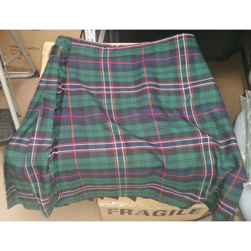 "MILITARY WOOL KILT SIZE 32"" SCOTTISH NATIONAL TARTAN"