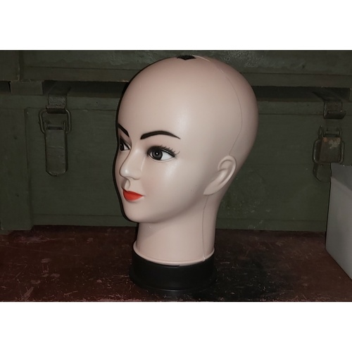 MANNEQUINE DISPLAY HEADS